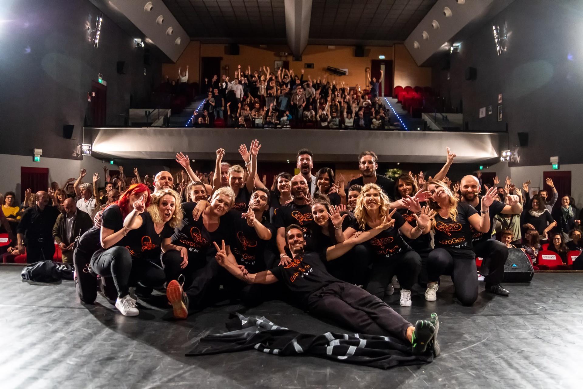 Succede Sempre di Martedì, Teatro Astoria - Fiorano Modenese (MO) Martedì 22 maggio 2018 EstroGeni - Improvvisazione Teatrale