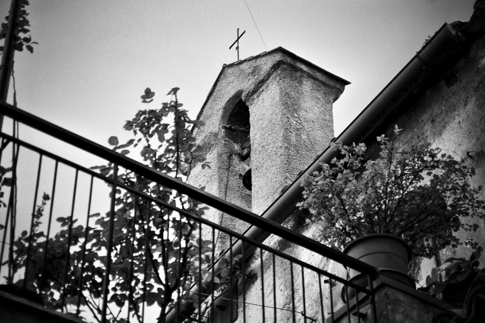 Campanile della Cappella di San Gennaro, costruita nel 1692 e annessa al palazzo dei Salinas in via San Gennaro. © Valentino Petrosino.