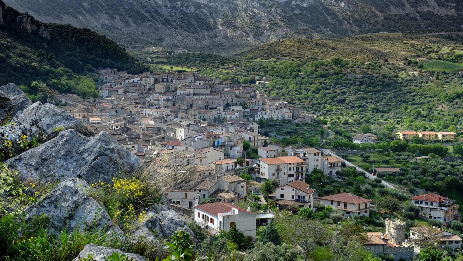Panorama di Civita, in provincia di Cosenza. © Carla Cantore.