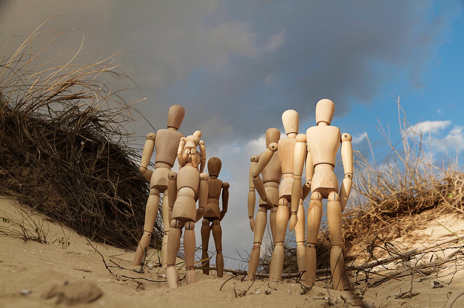 Hanno attraversato luoghi impervi e pericolosi. © Nunzio Bruno.